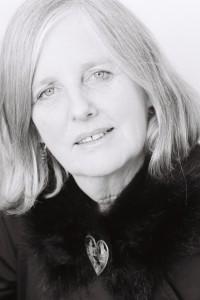 Fiona Farrell (2)